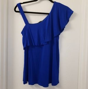 Cable and Gauge Asymmetric Ruffle Tank